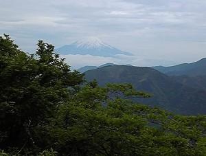 2012 6 6 7 300x227 誕生日に大山登山・前編